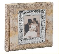Свадебный  альбом – счастливые моменты новой семьи