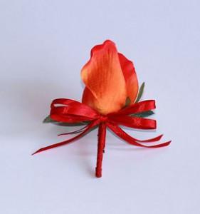 Делаем сами: свадебные бутоньерки из живых цветов